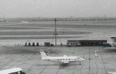 royal-plane