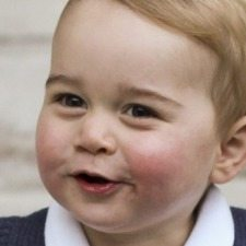 Νέες φωτογραφίες του πρίγκιπα Γεωργίου της Μεγάλης Βρετανίας