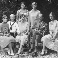 Πριγκίπισσα Αλίκη: Η πεθερά της βασίλισσας Ελισάβετ μέσα από το ντοκιμαντέρ του Chanel 4