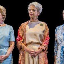 Τρεις αδελφές: Συνομιλίες μεταξύ βασίλισσας Μαργκρέτ, πριγκίπισσας Βενεδίκτης και βασίλισσας Άννα-Μαρίας