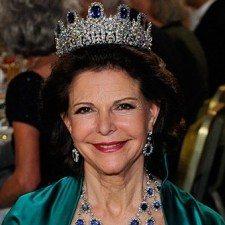 Η ξεναγός που έγινε βασίλισσα: Η Σύλβια της Σουηδίας έκλεισε τα 71 της χρόνια
