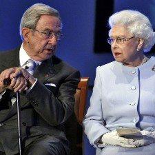 Ο βασιλιάς Κωνσταντίνος μιλά για τη βασίλισσα Ελισάβετ Β′: «Η Ελισάβετ που γνωρίζω…»