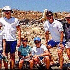 «Πριγκιπικά» μαθήματα ιστορίας στο νησί της Δήλου