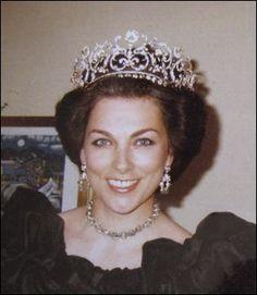 Η πριγκίπισσα Μπάρμαπρα, δεύτερη σύζυγος του γιού της Όλγας με το ίδιο διάδημα