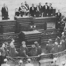 25 Νοεμβρίου 1935: Παλινόρθωση και Επιστροφή Βασιλιά Γεωργίου Β′