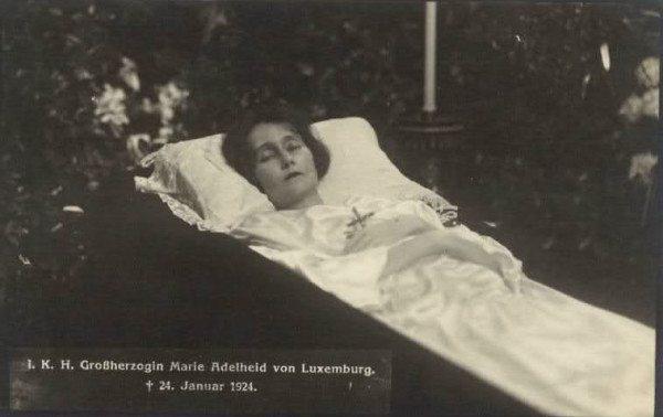 deathbed maria adelaida