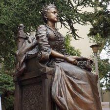 Τελετή Αποκαλυπτηρίων του Μνημείου της Βασίλισσας των Ελλήνων Όλγας στη Θεσσαλονίκη